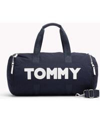 Tommy Hilfiger dámské kabelky a tašky se slevou 30 % a více - Glami.cz e1869b48b54