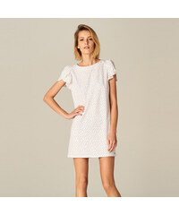 4ee3a152a35 Bílé krátké šaty s krátkým rukávem - Glami.cz
