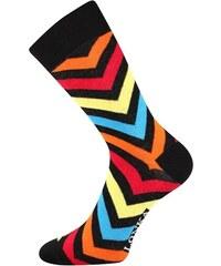 64b13793200 Lonka Černé pánské ponožky s barevnými pruhy