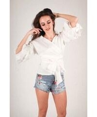 Bílé dámské halenky a košile s mašlí  e75de04d8a