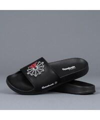 Reebok Classic Slide CN0739 férfi papucs e53443c756