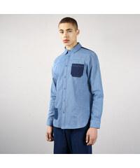 fb2fc7bdb2d NATIVE YOUTH Modrá džínová košile s výraznými kapsami Bering S