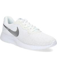 Bílé dámské tenisky z obchodu Bata.cz  3426eb45719