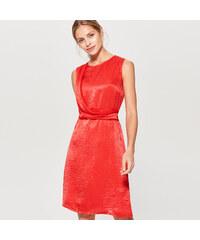 960edc75c70 Mohito - Červené saténově lesklé šaty - Červená