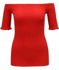 e82d31cc75bd Červené tričko s odhalenými ramenami Dorothy Perkins