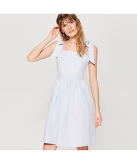 7b97e570f93 Mohito - Šaty s vázáním na ramenou - Modrá