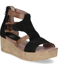 e6c5fdff0f66 Čierne Dámske sandále z obchodu Bata.sk
