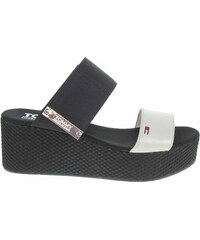 Tommy Hilfiger dámské pantofle EN0EN00217 156 off white EN0EN00217 156 b003eae2b1