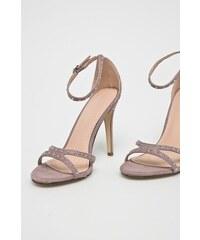 780d2f48686 Fialové dámské sandály na podpatku