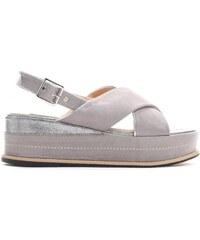 6e0154fc1824 Dámské šedé sandály na platformě Silvia 9212