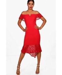 Asymetrické červené flamengo šaty bez ramienok Boohoo DZZ34143 7897d91c2fb