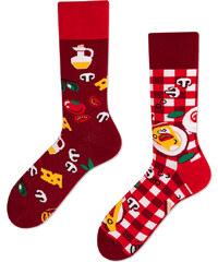 Many Mornings Červené ponožky Pizza Italiana f5b2598af9