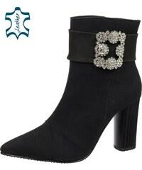 OLIVIA SHOES Elegantné čierne členkové čižmy z brúsenej kože s ozdobou  DKO086 6e28377787e