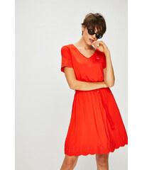 68f16a161ce Červené šaty s výšivkou - Glami.cz