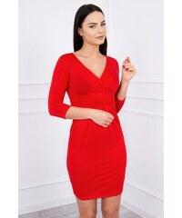 MladaModa Obtiahnuté šaty s preväzom pod hrudníkom model 8137 červené 9289c9fd17