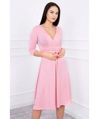 e8a9724649a5 MladaModa Voľné šaty s preväzom pod hrudníkom model 8314 pudrovo ružové