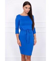0b41e9782dc1 MladaModa Obtiahnuté šaty s viazankou v páse model 8925 farba kráľovská  modrá