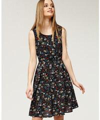 b98af685ee69 Misfit London Černé květinové swingové šaty Grace