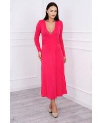 MladaModa Rovné šaty s hlbokým výstrihom v tvare V fuksiové 0a219a6e727