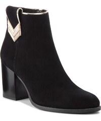 Magasított cipő NESSI - 18432 Czarny 19 8ee39d14f8