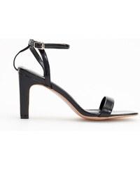 e712b6eaa72 Reserved - Sandály na vysokém širokém podpatku - Černý