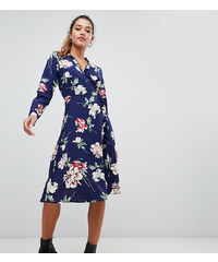 Boohoo exclusive wrap midi dress in blue floral - Navy 9c43962a09