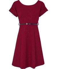 d258c18701b3 Trendy červené šaty