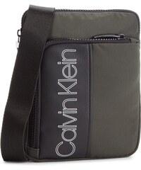 Válltáska CALVIN KLEIN - Double Logo Flat Cro K50K503900 003 e56b6837bd