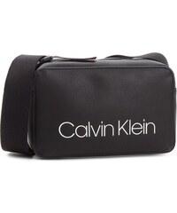 Kabelka CALVIN KLEIN - Collegic Small Cross K60K604454 001 1a511c10a70