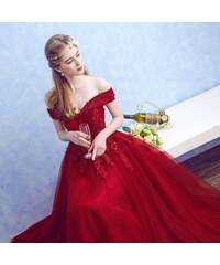 5f51490802f8 Donna Bridal Nádherné plesové šaty v barvě RUDÉ