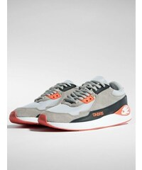 058158fe7e Dangerous DNGRS   Sneakers Infri in grey