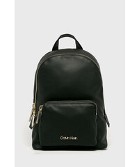 Dámské batohy Calvin Klein  21877b9c43