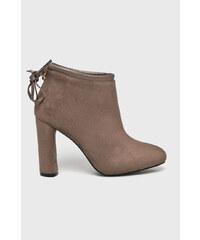 Hnedé Dámske čižmy a členkové topánky  a797c3ed81d