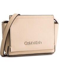 Calvin Klein Béžové Dámske oblečenie a obuv tipy na darčeky - Glami.sk a21499a7d32