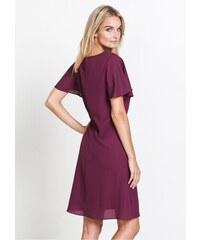 0cb7a98900d Fialové šaty s krajkou