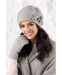 c97e25ad2 Šedá luxusná dámska elegantná čiapka na zimu so štýlovými kvetmi Kamea  Teramo