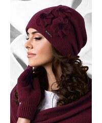 f3c7de1c9 Bordová luxusná dámska elegantná čiapka na zimu so štýlovými kvetmi Kamea  Teramo