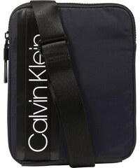 90cc1833ae Calvin Klein Taška přes rameno  CLASH FLAT CROSSOVER  námořnická modř