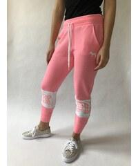 Victoria s Secret PINK černé tepláky Classic Jogger. Detail produktu · Victoria s  Secret Pink tepláky 9a9f139a6c