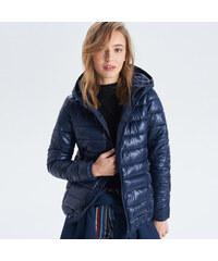 Cropp - Prešívaná bunda s kapucňou - Tmavomodrá ab09a1b5c4b