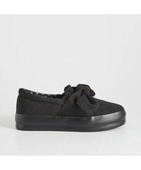 469cf7e8a6 Sinsay - Slip on topánky s mašličkou - Čierna