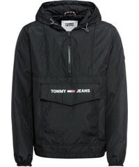 594f4bcdc22 TOMMY HILFIGER Přechodná bunda  JM Solid Popover  černá   bílá