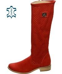 5ee92b52baf0 OLIVIA SHOES Červené dierkované čižmy z kože C63