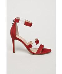 Dámské elegantní červené lodičky Made in Italia s páskem kolem ... ce5bbc0333