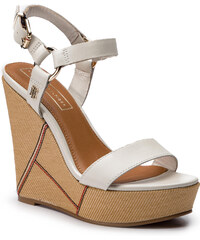 Sandále TOMMY HILFIGER - Elevated Leather Wedge Sandal FW0FW03943 Whisper  White 121 a6804f639cf