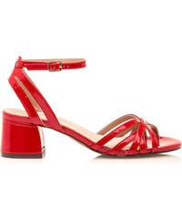 09e29b980010 Červené sandálky s nízkým širokým podpatkem Maria Mare