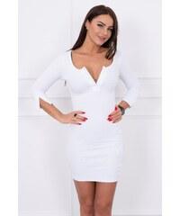 9fb3c8e97245 MladaModa Šaty z vrúbkovaného materiálu s rozopnutým výstrihom biele
