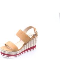 a0afe1b52fbc Krémové kožené ružové sandále s prackou Tamaris - Glami.sk