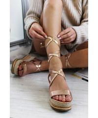8ce2c4b667 Mulanka Ružovozlaté platformové sandále Francisia
