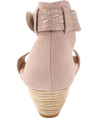 89a796efa5e0 Ružové Dámske sandále